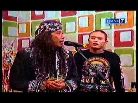 Opera Van Java 441 Gang and Roses