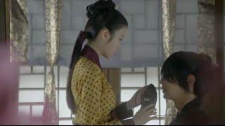Hae Soo remove mask for Wang So Ep8 解树帮王昭拿下面具 Scarlet Heart Ryeo 步步惊心丽