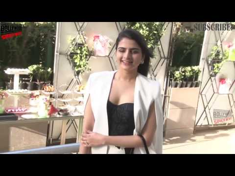 Xxx Mp4 Bhagyashree Amp Her Daughter Avantika Dasani At Designer Maheka Mirpuri's Summer Collection Preview 3gp Sex