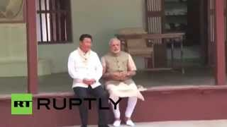 India: Check out Xi Jinping and Modi bonding at Gandhi's house