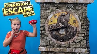 ESCAPE ROOM Assistant Escape from Jail and Spooky Escape Room Challenge With Johnny Boneyard