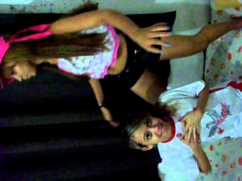 Vídeo Famosa Festa do pijama
