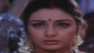 Akrakam Tukata - Haqeeqat - Ajay Devgn & Tabu - Full Song