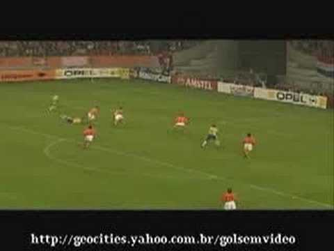 Roberto carlos top 10 goals