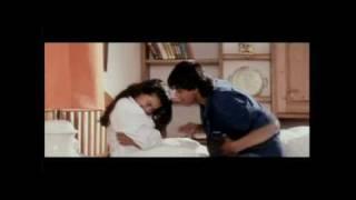 Shah Rukh Khan & Kajol scene from DDLJ