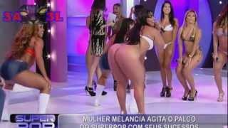 Mulher Melancia dançando de biquini
