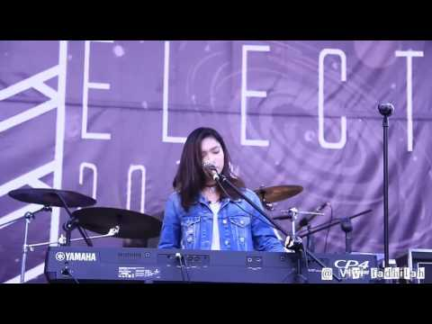 The Chainsmokers - Closer (Cover by Isyana Sarasvati) @Electric 2016