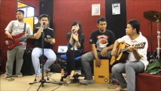 Ungu - Saat Bahagia (Cover by Crystal ft. Delia)
