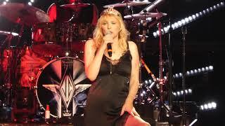 """Malibu"" Smashing Pumpkins & Courtney Love@PNC Center Holmdel, NJ 8/2/18"