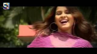 Laal Sharite Bodhu Seje Full Video Song - Shanto - Moner Majhe Priya