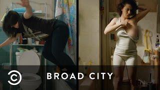Bathroom Space | Broad City