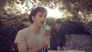 She Looks So Perfect - 5SOS - Max & Kurt Schneider Cover