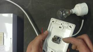 How to connect a Normal Light Switch