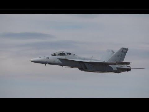 F/A-18 Super Hornet Sunday Demo .. LA County Airshow 2017 (4K)