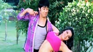 Lahar Lahar Lahraye [ Bhojpuri Romantic Video Song ] Feat. Sexy Monalisa - Laadli