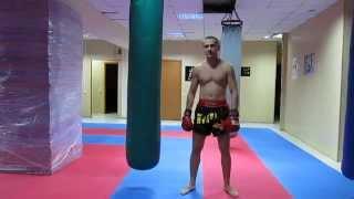Тайский бокс работа на мешке - Классическая комбинация