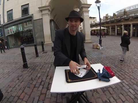 Londra Mago artista di strada