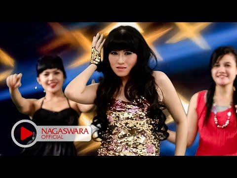 Putri Fe - Aku Pengen - Official Music Video - NAGASWARA Mp3