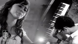 NOAH Feat. Momo GEISHA - Cobalah Mengerti (Official Video)
