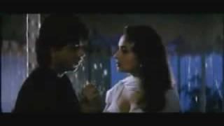 Shahrukh Khan romantic scene