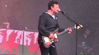 Manic Street Preachers - Yes (Cardiff Castle, Cardiff 5th June 2015)