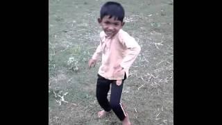 B D boy samll baby dance