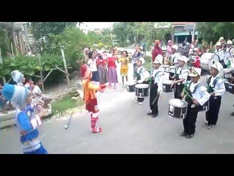 Lagu Anoman Pada Peringatan Hari Kartini 2016  - Drum Band Syifaul Qulub