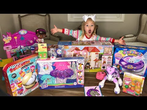 SHOWING YOU GUYS WHAT I GOT FOR CHRISTMAS!!! (ALL MY PRESENTS)