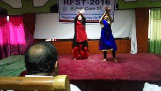 girls group dance Rfst 2016 Comilla medical college.