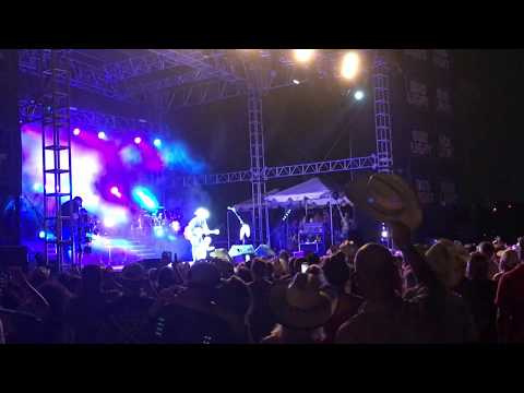 "Cody Johnson ""Ain't Nothing To It""-""Live"" from Sam Houston Raceway 7292017"