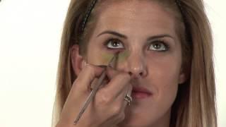How Do I Create a Black Eye With Makeup?