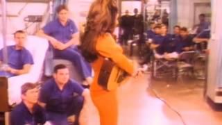 Bobbie Gentry ~ Ode to Billie Joe (Ed Sullivan Show, 1970)
