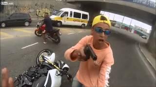 Policía acribilló a ladrón de motos tras atraco !IMPRESIONANTE! 2016 HD