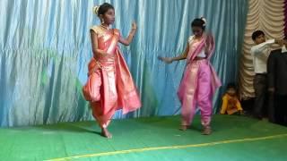 Pinga song dance performance in mahila sangeet