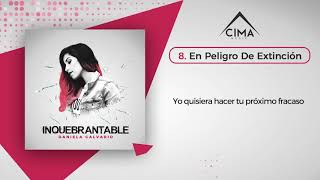 Daniela Calvario - En Peligro De Extinción (Lyric Video)