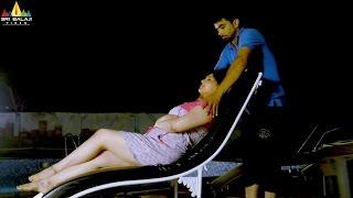 Badmash Pottey   Farukh Doing Body Massage to Asna Khan   Latest Hyderabadi Movie Scenes