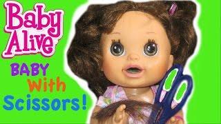 BABY ALIVE Pumkin Plays With Scissors...