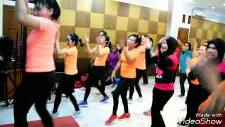 """Jaran Goyang"" Closing Dance FamGath Health Club Fatimah Choreo by Sri Andayani"