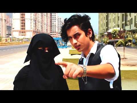 Xxx Mp4 When Muslim Girl Fall In Love With Hindu Boy Amazing Story 3gp Sex