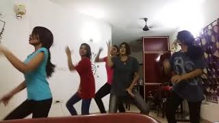 Hostel Girls dance performance on tamil kuthu song Danga Maari