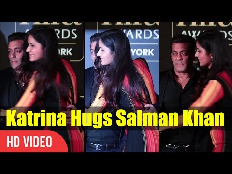 Xxx Mp4 Cute Moment Katrina Kaif Hugs Salman Khan IIFA Awards 2017 Press Conference 3gp Sex