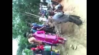 দেখুন এই ভিডিওটি ঠাকুরগাও জেলা থেকে অদূরে খোজ মিল্ল পুরাতন রাজবাড়ী
