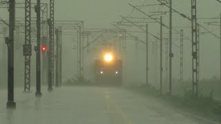 Train In Extremely Heavy Rain | Ahmedabad Chennai Express Goes LHB