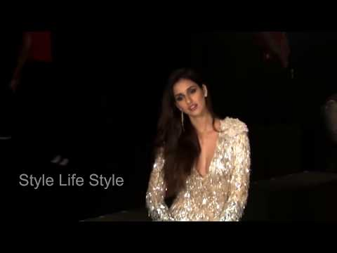 Xxx Mp4 Disha Patani Oops Moment At Lakme Fashion Week 2017 Style Life Style 3gp Sex