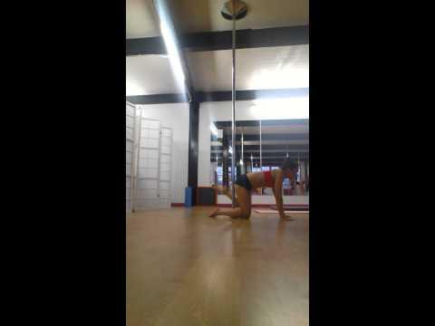 Pole combos pole spins floorwork