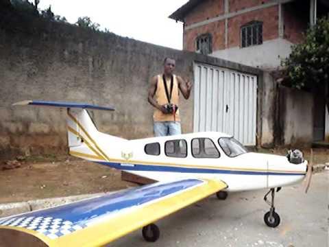 Aeromodelo Gigante 02