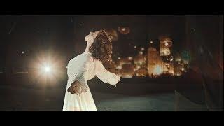 Tina Arena - Tant que tu es là (clip officiel)