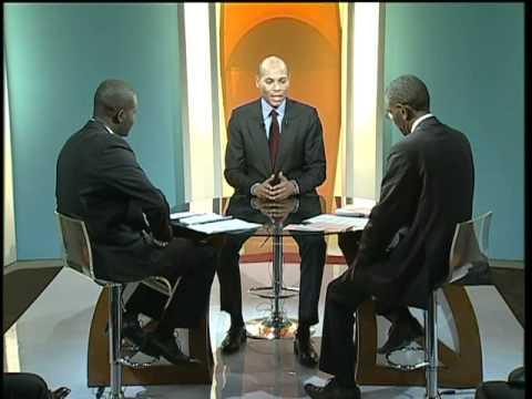 Karim Wade invité du Grand Débat Part 1 6 La crise de l Energie Février 2011