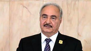 ليبيا: حفتر يعود إلى بنغازي الخميس بعد رحلة علاج في باريس