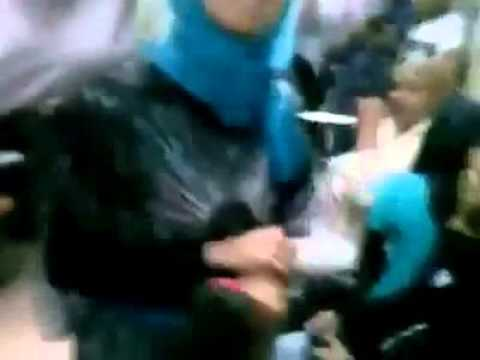 Xxx Mp4 ▶ فضيحة مذيعه MBC مصر بتصور في المترو بعد انتهاء الاعتصام و راكب يفضحهم YouTube 3gp Sex